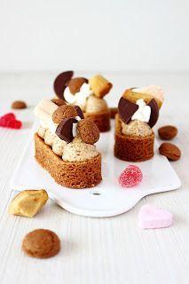 Nazomerweer. We hebben er heel erg geduldig op gewacht, en dit weekend is het dan eindelijk zover. Een (bijna) strakblauwe lucht, een heerlijk zonnetje en aangename temperaturen. Wat was ik hier aan t Dutch Recipes, Sweet Recipes, Baking Recipes, Cake Recipes, Dessert Recipes, Mini Cakes, Cupcake Cakes, Yummy Treats, Yummy Food