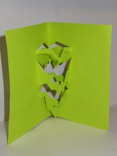 Estructuras Plegables Experimentación de Corte y Doblez con una hoja de papel 2.1