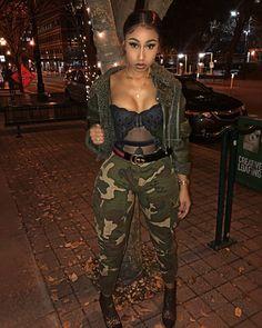 Woulda worn a khaki top Dope Fashion, Fashion Killa, Urban Fashion, Girl Fashion, Fashion Looks, Fashion Outfits, Womens Fashion, Dope Outfits, Fall Outfits
