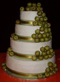green-apple-wedding-cakes by Denice2014, via Flickr