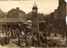 Otley near Leeds - West Yorkshire - England - Market Square & Buttercross - 1910