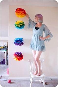 DIY Tutorial: Ombre Rainbow Paper Pom Poms · Rock n Roll Bride