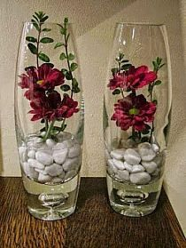 Wedding floral centerpieces - SAVING TIP Creation, recycling Cut flowers a little differently Floral Centerpieces, Vases Decor, Wedding Centerpieces, Beautiful Flower Arrangements, Floral Arrangements, Beautiful Flowers, Deco Floral, Floral Design, Star Flower