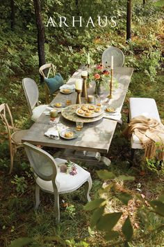 Outdoor Rooms, Outdoor Dining, Outdoor Furniture Sets, Outdoor Decor, Glam House, Rustic Fall Decor, Backyard Lighting, Al Fresco Dining, Dream Home Design