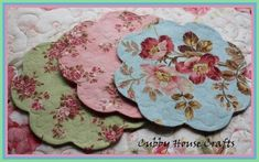 Cubby House Crafts  has these pretty coasters on her blog that she has sewn up and I just love them. Now I'm guessing that I can find a app...