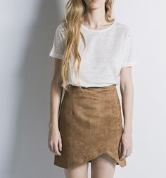 Incredible asymmetric suede skirt. #assymetric #skirt #casual #suede