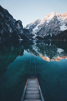 bokehm0n:  Morning at Lago Di Braies