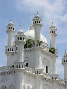 Dewatagaha Mosque in Cinnamon Gardens  |  Colombo, Sri Lanka (South Asia) ومسجد آخر بسريلانكا !!
