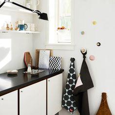 Scandinavian Home Decor With Modern Desk Lamp And White Flower On Vase Design For Scandinavian Home Decor Singapore~ Popular Home Interior Decoration Deco Design, Küchen Design, Home Design, Interior Design, Nordic Design, Cute Kitchen, Kitchen Ideas, Pantry Ideas, Vintage Kitchen