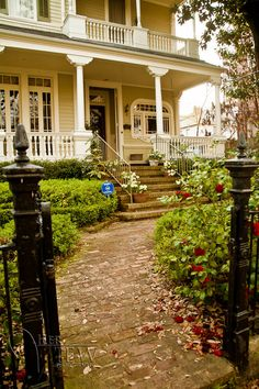 New Orleans garden district home