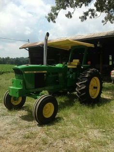 John Deere With Sun Canopy