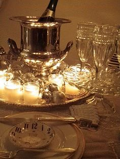 Beautiful New Year's Eve table