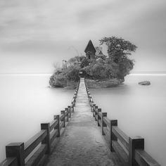 Island Sky, photography by Hengki Koentjoro