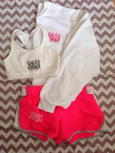 Cute monogram outfit!!!