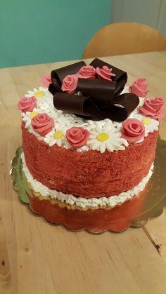 Torta compleanno Rose e margherite