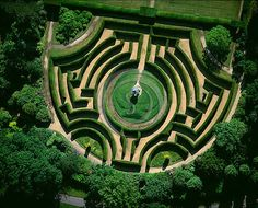 Yew Maze at Somerleyton Hall near Lowestoft, Suffolk, UK. Designed by William Andrews Nesfield in 1846.
