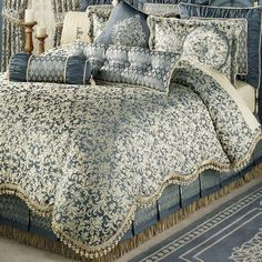 Bring quaint charm to your bedroom with the Sterling II Factory Second King Comforter Bedding. Oversized comforter has a golden wheat damask scroll pattern. Bedroom Furniture Sets, Home Decor Bedroom, King Comforter, Comforter Sets, Bed Linen Design, Luxury Bedding Sets, Luxurious Bedrooms, Bed Covers, Pillow Covers