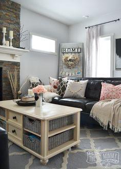 Black & Blush Pink Valentine's Day Home Decor Ideas + DIY Pom Pom Heart Pillow | The DIY Mommy