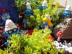 A cute little smurf garden :)