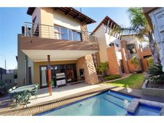 3 bedroom house in Beyers Park, , Beyers Park, Property in Beyers Park - S937949