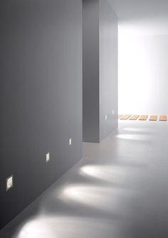Iluminación paredes para darle mas luminosidad a la casa (en cuarto de estar niñas)