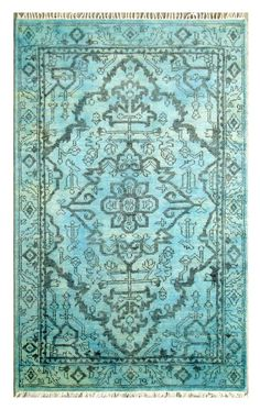 Area rug. Love the color.