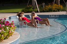 Relax #poolside!