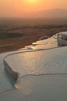 The Pamukkale Terraced Hot Springs | Thought & Sight