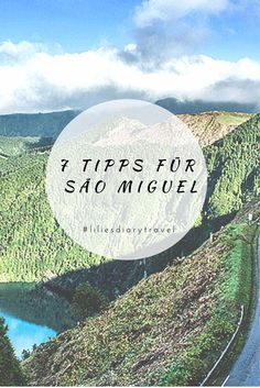 São Miguel – eine Mischung aus regenwaldähnlichen Lorbeerwäldern, saftig grünen Teeplantagen, tiefblauen Seen und dem tosenden Atlantik, der auf schwarze Vulkanstrände trifft. Die Größte der neun Azoreninseln liegt über 1300 Kilometer vor der Küste Portugals, mehr oder weniger mitten im Atlantik.