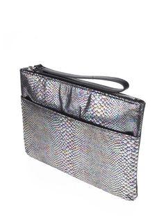 Geantă plic Miss Selfridge argintie imitatie piele de reptila Miss Selfridge, Bags, Fashion, Purses, Moda, Fashion Styles, Taschen, Totes, Hand Bags