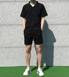 Mensfashionshorts mens fashion summer in 2019 korean fas Stylish Mens Outfits, Casual Outfits, Men Casual, Fashion Outfits, Fashion Styles, Fashion Shirts, Stylish Clothes, Simple Outfits, Streetwear Mode