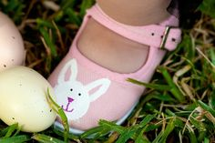 Childrens shoes - Bunny Hand Painted Maryjane Shoe for girls - baby - toddler $22