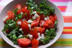 7 salate delicioase cu varza. Salate vegane pentru slabit sanatos – Sfaturi de nutritie si retete culinare sanatoase Caprese Salad, Kale, Broccoli, Zucchini, Healthy Recipes, Healthy Food, Ethnic Recipes, Parenting, Collard Greens