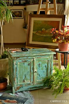 antiguo mueble de campo recuperado