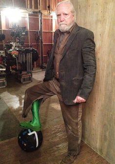 "Hershel & the gaff tape ball ASDFGHJKL he wears a green croc!?.... Or should I say ""wore"" :("