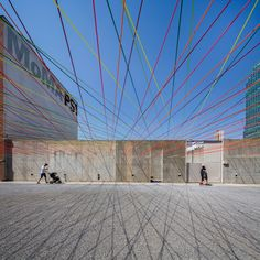 Completed in 2016 in Queens, United States. Images by Rafael Gamo, Andres Salinas Popp. Escobedo Soliz was selected to construct the temporary installation for the PS1 warm ups in summer 2016 through theYAP Program 2016 of MoMa...