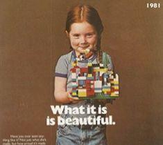 """Después de la carta publicada por una niña de 7 años en donde pedía se fabricaran más figuras de LEGO """"mujer"""" realizando actividades lúdicas, y no sólo cuidando a los niños o de compras. ..."""