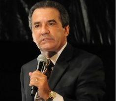 """Pastor Silas Malafaia defende Marco Feliciano e diz """"os que querem direitos humanos agridem"""" - Globos"""