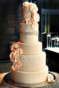 Lace Wedding Cake ~ Cake Design: Gateaux Inc Amazing Wedding Cakes, Elegant Wedding Cakes, Wedding Cake Designs, Amazing Cakes, Lace Wedding, Wedding Blog, Elegant Cakes, Wedding Bouquets, Wedding Ideas