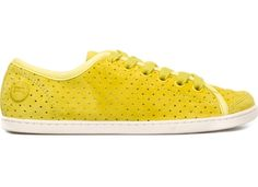 yellow <3!  Soft Sport are sporty shoes with a soft side and soft-looking shoes with a sporty edge. The designers of Uno used the idea of a classic sneaker to create an urban shoe with a flexible footstep, fresh designs and casual stride whose smooth airiness contrasts with the rubber outsole's determination to grip the ground with all its might.