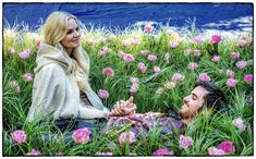 Jennifer Morrison and Colin O'Donoghue - behind the scenes in the field of flowers... photos by @pixelpushingmad