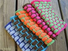Mosaic Knitting for BeginnersIf you're a beginner, you can start out and, with very little practice, knit cool stuff like these dischcloths. Such a great pattern:Ballband Dishcloth byPeaches & Creme Design Team- this pattern is available for free.