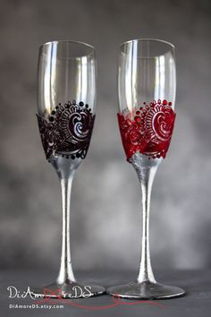 Wedding glasses for bride and groom red and black от DiAmoreDS
