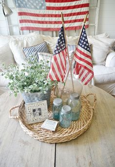 4th of July home decor - Simple DIY ways to bring 4th of July decor into your house without breaking the bank. {Liz Marie Blog}