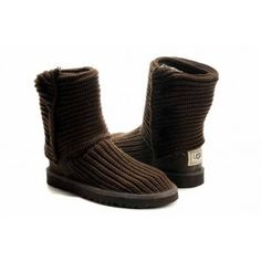 Most people choose UGG Boots in the winter for they are warm, comfortable and fashionable.UGG Classic Cardy 5819 Chocolate can be each distinctive in appearance and comfortable to put on. The UGG Classic Cardy Boots 5819 with unique design and good material make it stand out in a crowd.