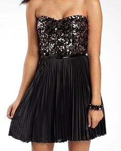 Wish this were solid black with the sequins in the pleats instead. Exactly what I want...