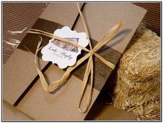 Image from http://iloveguccijp.com/wp-content/uploads/2015/04/rustic-farm-wedding-invitations.jpg.