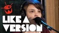Chvrches cover Arctic Monkeys <3