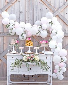 Balloon garland Balloon garland kit balloon arch wedding balloons neutral baby shower decor engagement balloons bridal shower decor Source by Diy Balloon, Balloon Garland, Table Garland, Balloon Backdrop, Ballon Arch, Balloon Display, Diy Garland, Floral Garland, Baloon Diy