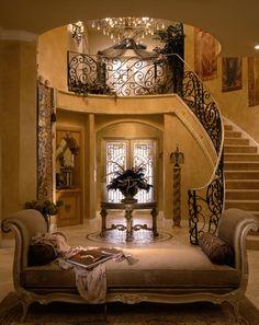 Tuscan design – Mediterranean Home Decor Foyer Decorating, Tuscan Decorating, Decorating Tips, Beautiful Interiors, Beautiful Homes, Design Toscano, Flur Design, Design Design, Grand Foyer